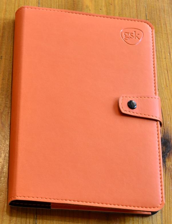 щоденник з застібкою кнопкою